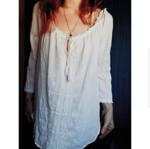 Bohemian style pullover shirt